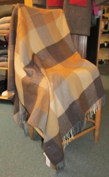 "Avoca irish Lambswool Blanket ""Peat"""